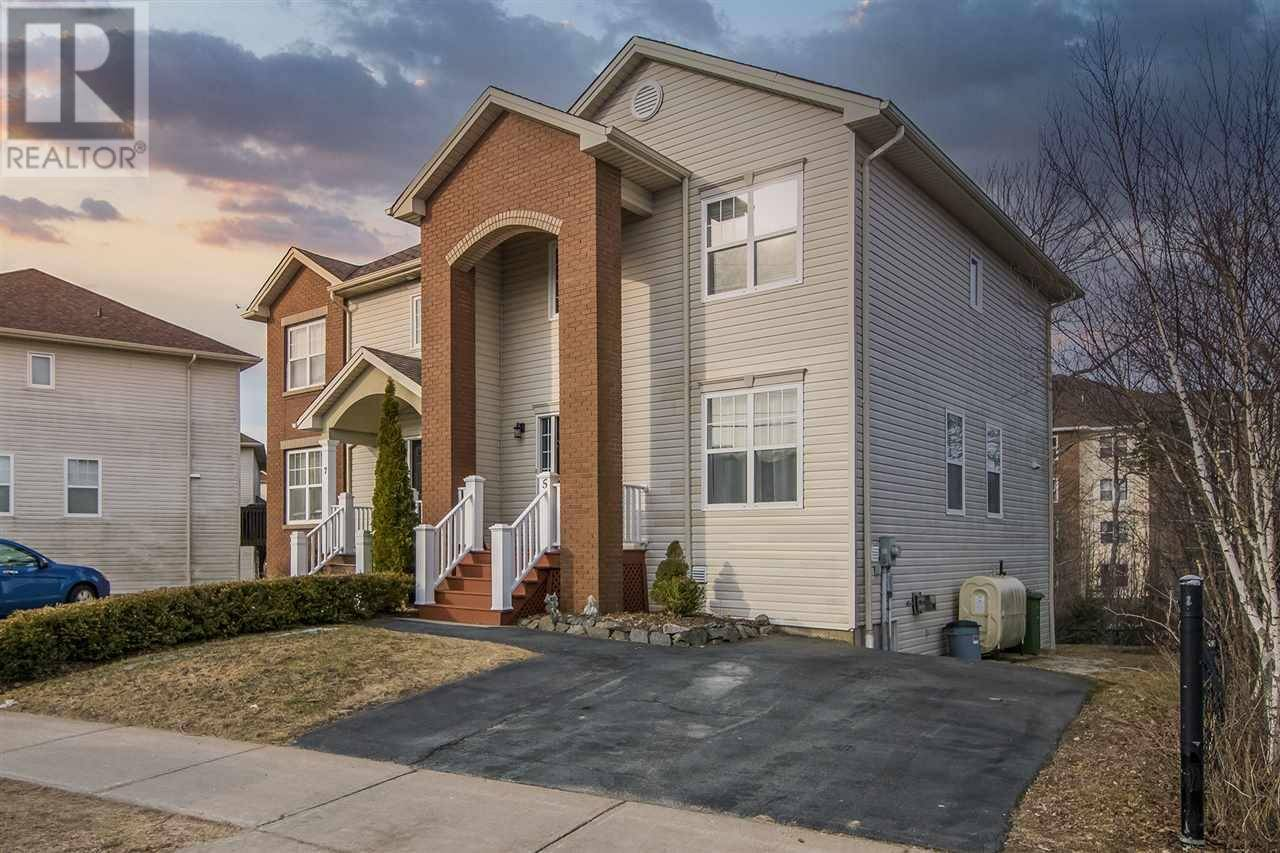 House for sale at 5 Red Fern Te Halifax Nova Scotia - MLS: 202007122