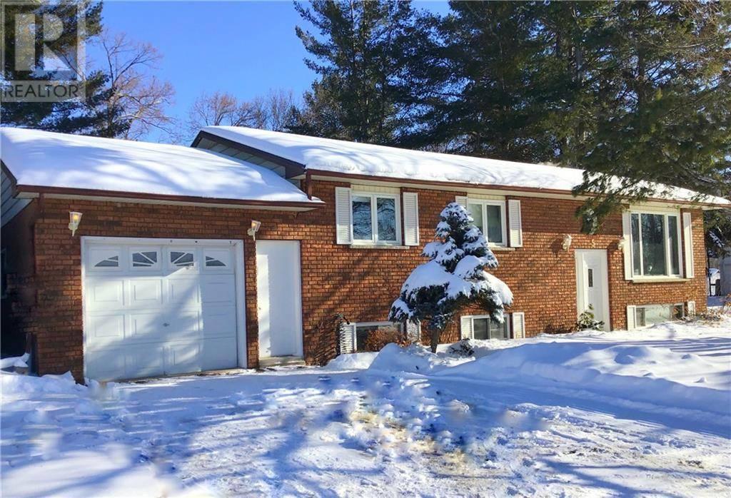 House for sale at 5 Ridge Dr Pembroke Ontario - MLS: 1179314
