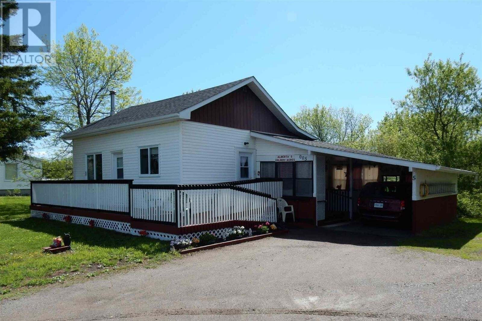 House for sale at 5 Rorke Ave Temiskaming Shores Ontario - MLS: TM200944