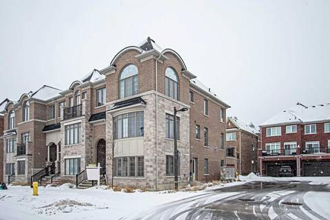 Townhouse for sale at 5 Rougeview Park Cres Markham Ontario - MLS: N4704816