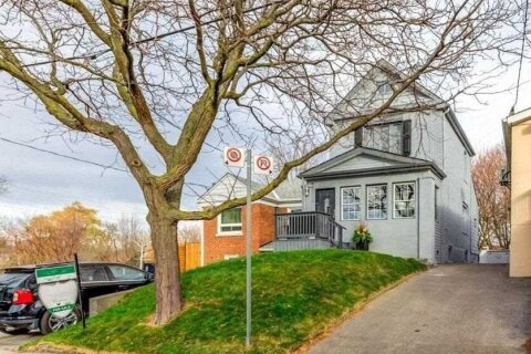 House for sale at 5 Rumney Rd Toronto Ontario - MLS: E4995771