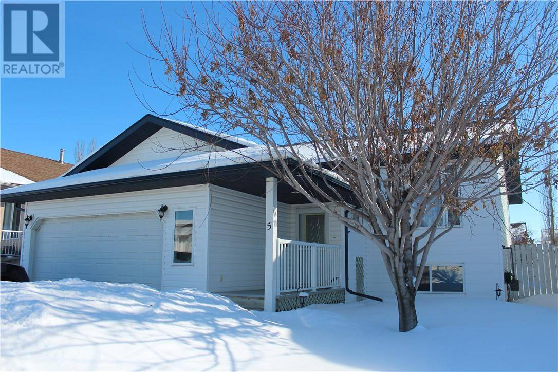 House for sale at 5 Silver Dr Blackfalds Alberta - MLS: ca0179979