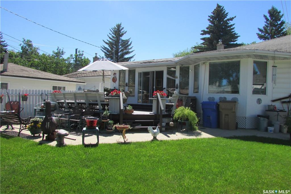 For Sale: 5 Stapleford Crescent, Regina, SK | 3 Bed, 2 Bath House for $289,900. See 36 photos!