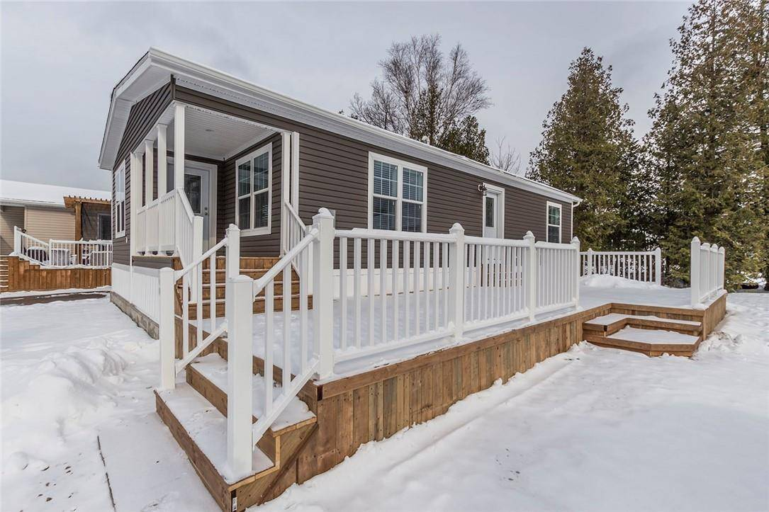 Home for sale at 5 Sumac Cres Puslinch Ontario - MLS: H4067967