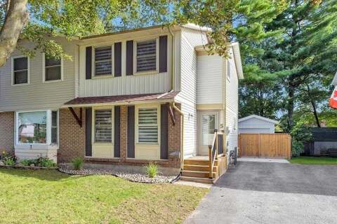 Townhouse for sale at 5 Wilde Pl Barrie Ontario - MLS: S4924545