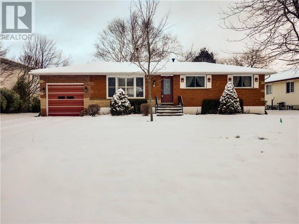 House for sale at 5 Willowdale Cres Port Dover Ontario - MLS: 30790826