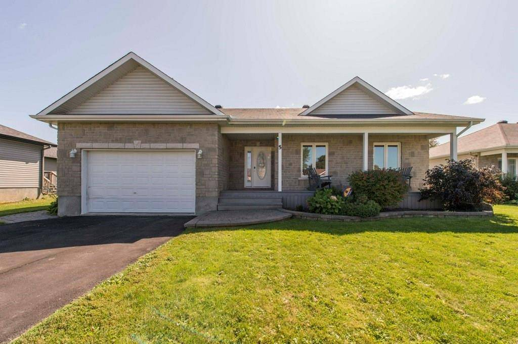 House for sale at 5 Wintonia Dr Winchester Ontario - MLS: 1169632
