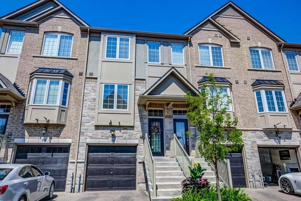 Townhouse for sale at 215 Dundas St E Unit 50 Waterdown Ontario - MLS: H4082352