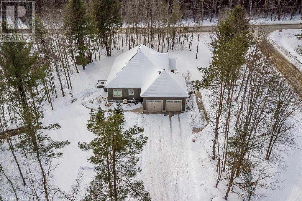 House for sale at 50 Alpine Dr Moonstone Ontario - MLS: 240147