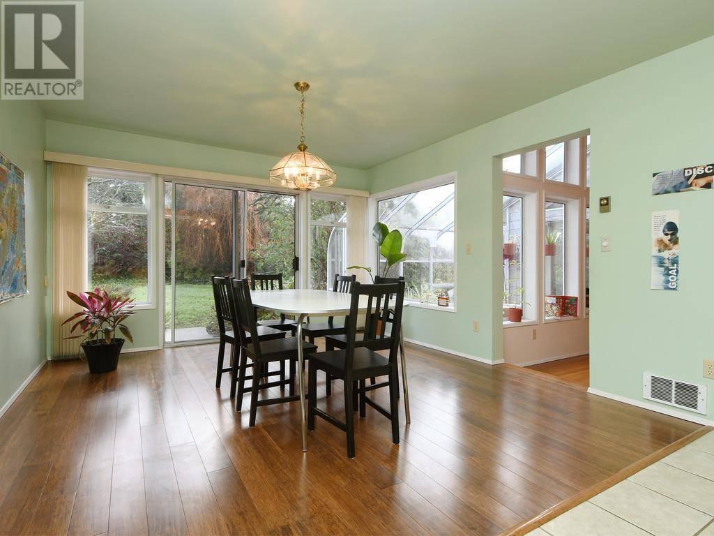 House for sale at 50 Bradene Rd Victoria British Columbia - MLS: 419494