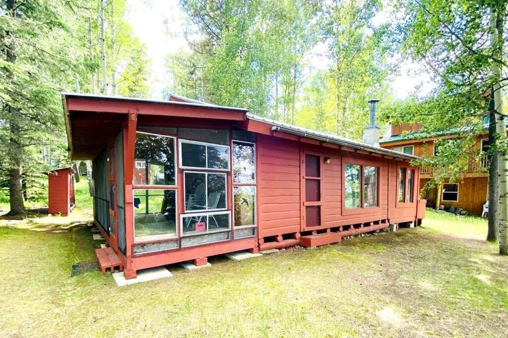 Home for sale at 50 Crimson Lake Dr Rural Clearwater County Alberta - MLS: CA0191963
