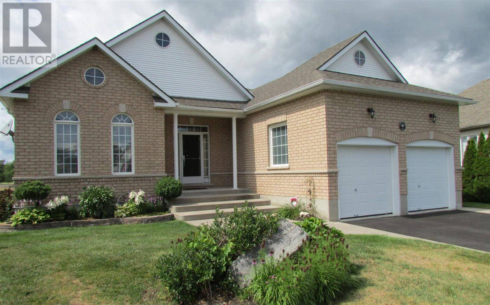 House for sale at 50 Glenora Dr Bath Ontario - MLS: K19005197