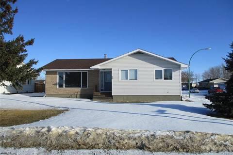 House for sale at 50 Halifax Ave Melville Saskatchewan - MLS: SK801729