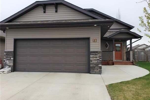 House for sale at 50 Morton Cs Penhold Alberta - MLS: CA0188951