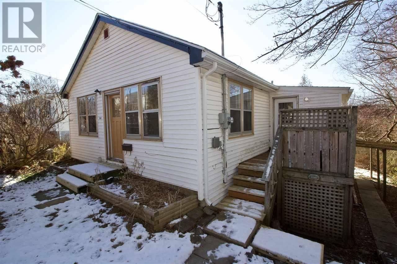 House for sale at 50 Mountain Ave Dartmouth Nova Scotia - MLS: 201926914