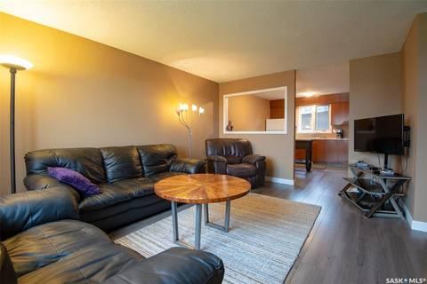 Townhouse for sale at 50 Oakview Dr Regina Saskatchewan - MLS: SK797927