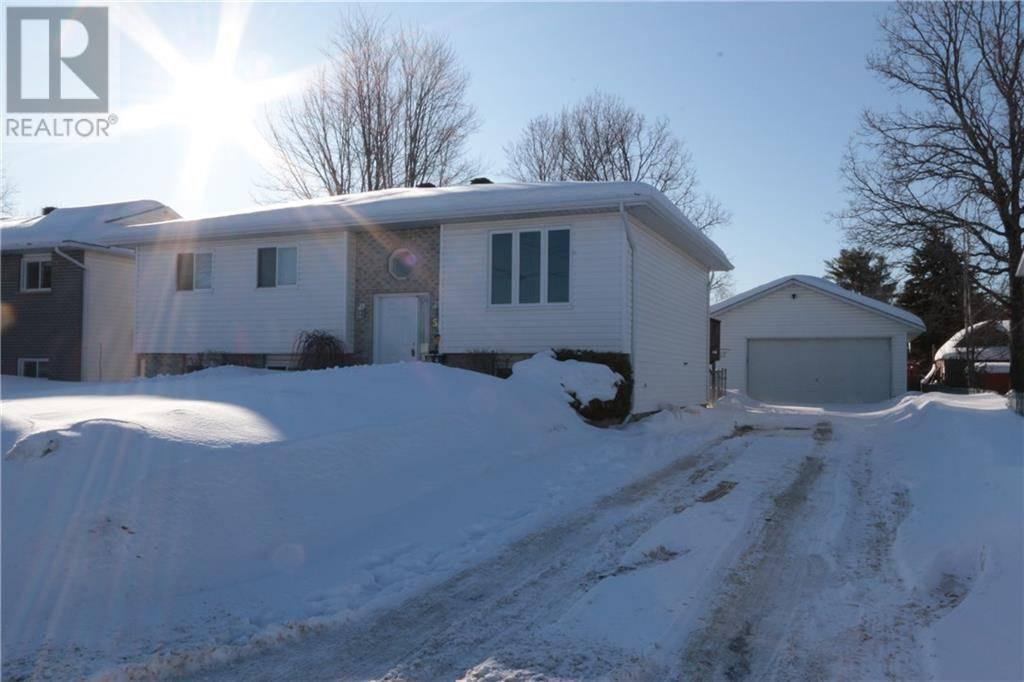 House for sale at 50 Portage Rd Petawawa Ontario - MLS: 1183262