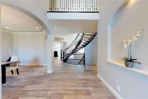 50 Spring Valley Place Southwest, Calgary | Image 2