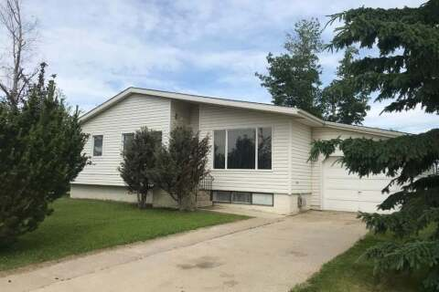 House for sale at 500 8  Street Drive Fox Creek Alberta - MLS: A1011869