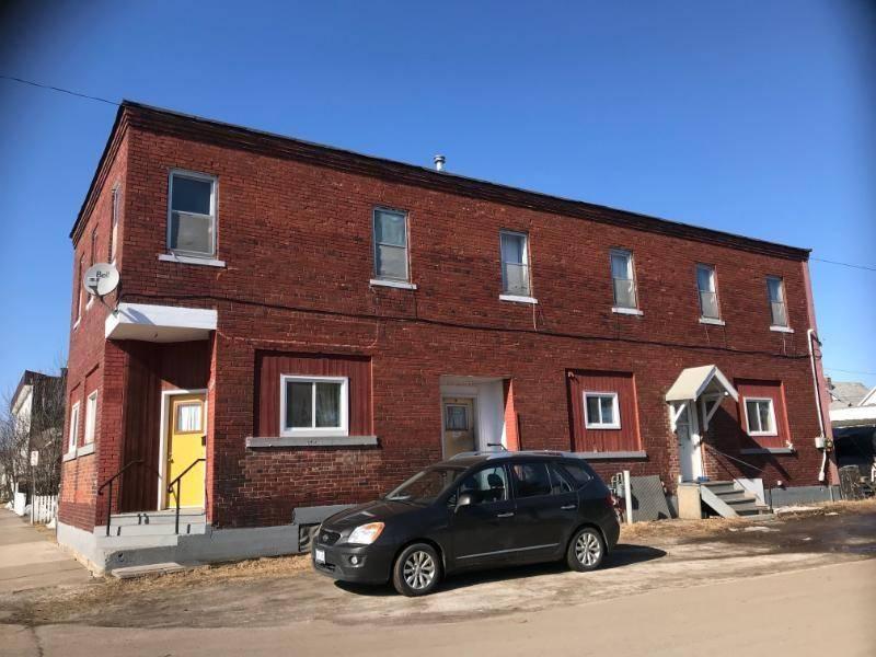 Townhouse for sale at 500 Mctavish St Thunder Bay Ontario - MLS: TB183376