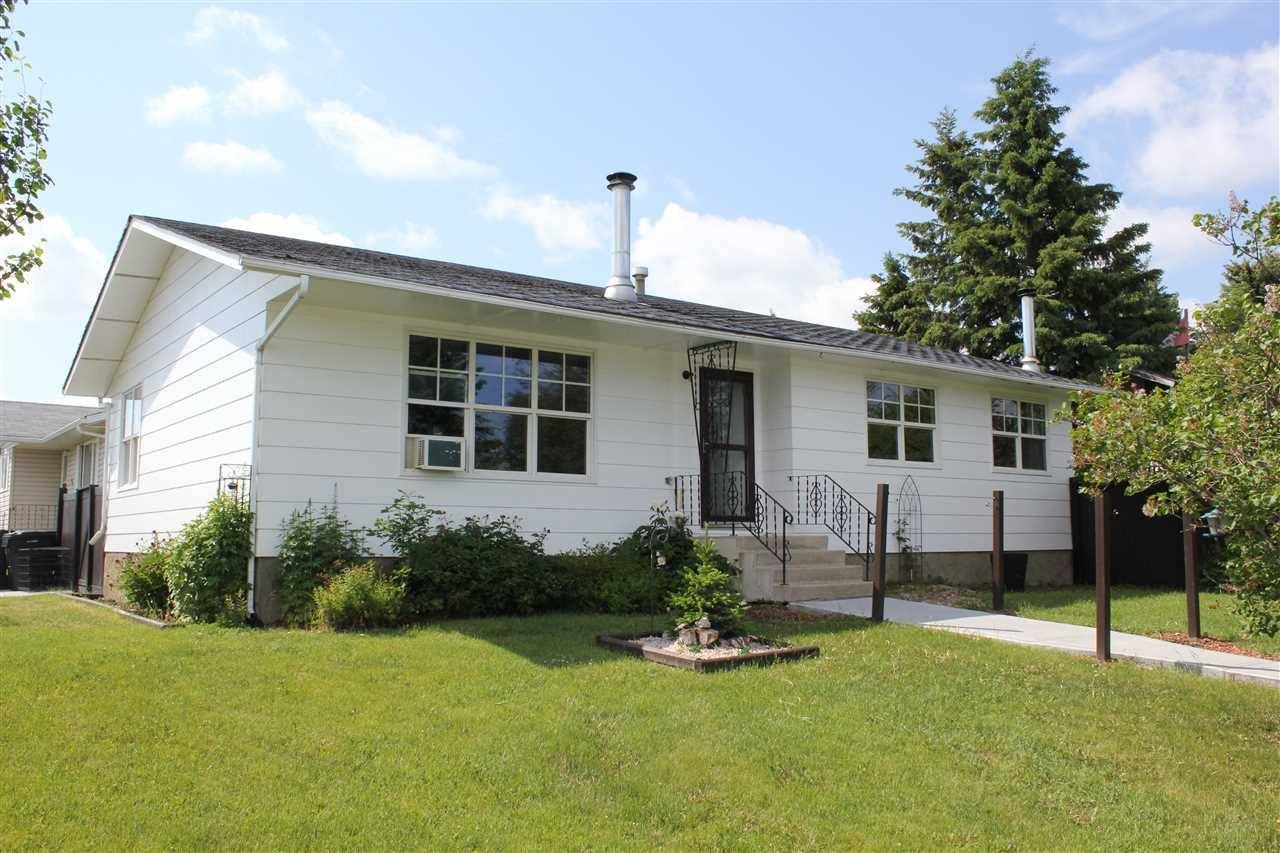 House for sale at 5002 56 Ave Elk Point Alberta - MLS: E4162083