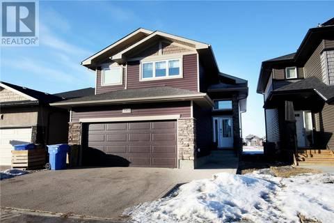 House for sale at 5004 Crane Cres Regina Saskatchewan - MLS: SK800189