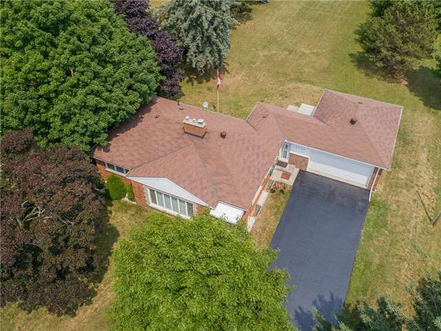 For Sale: 5005 Simcoe Street, Oshawa, ON   3 Bed, 2 Bath House for $899,990. See 20 photos!