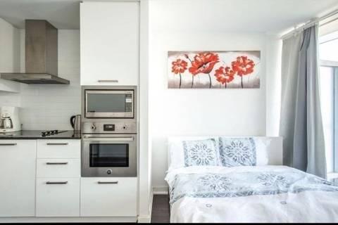 Apartment for rent at 12 York St Unit 5008 Toronto Ontario - MLS: C4733431