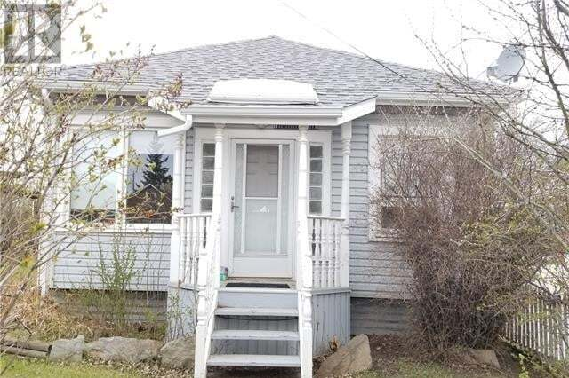House for sale at 501 1 St Southwest Drumheller Alberta - MLS: SC0185543