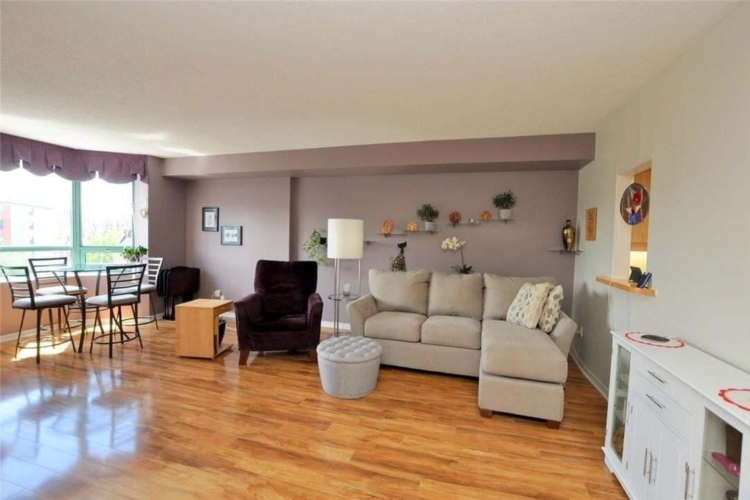 Condo for sale at 17 King St E Unit 501 Dundas Ontario - MLS: H4078558