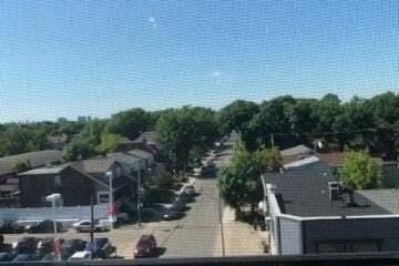 Apartment for rent at 2301 Danforth Ave Unit 501 Toronto Ontario - MLS: E4806051