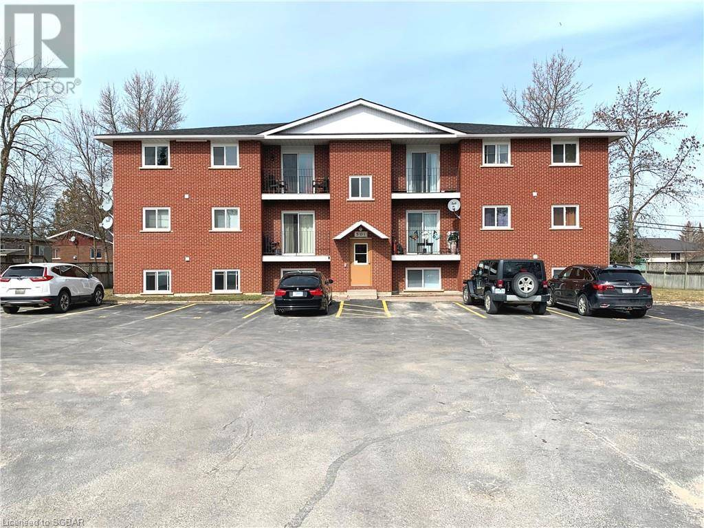Townhouse for sale at 501 Sixth St Collingwood Ontario - MLS: 251311