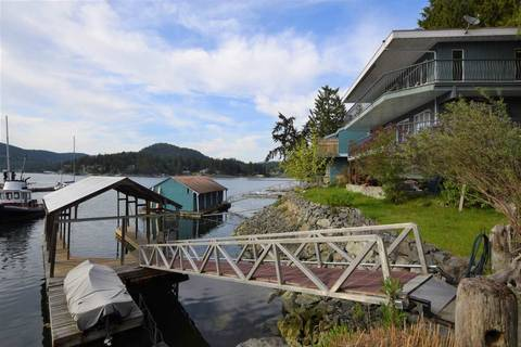 House for sale at 5010 Johnstone Rd Madeira Park British Columbia - MLS: R2369985