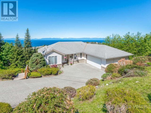 For Sale: 5014 Laguna Way, Nanaimo, BC   5 Bed, 5 Bath House for $798,900. See 44 photos!