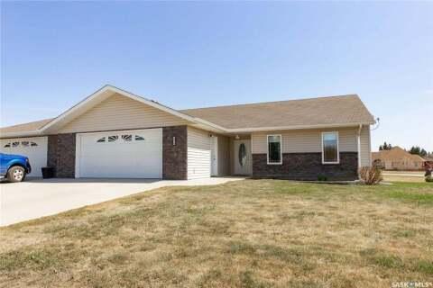 Townhouse for sale at 5016 Central Ave Waldheim Saskatchewan - MLS: SK808060