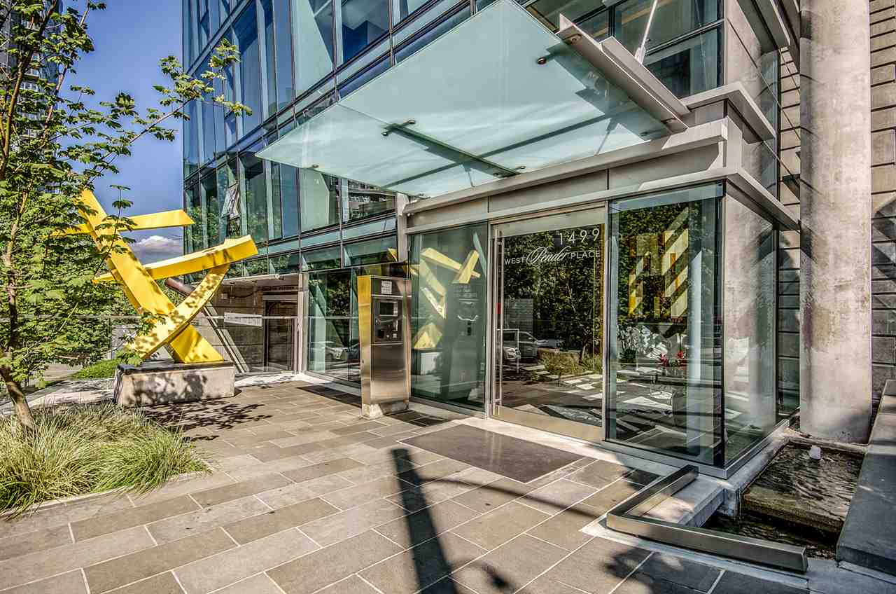 Sold: 502 - 1499 W Pender Street, Vancouver, BC