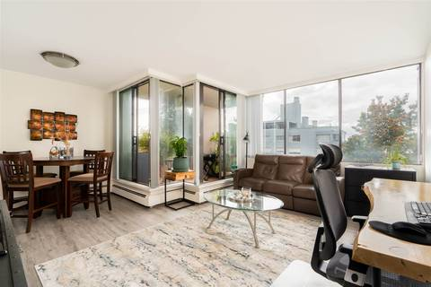 Condo for sale at 1737 Duchess Ave Unit 502 West Vancouver British Columbia - MLS: R2436906