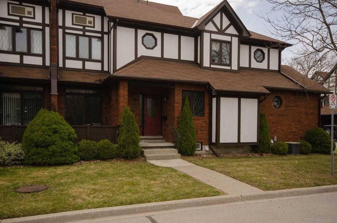Buliding: 245 Elgin Street West, Cobourg, ON