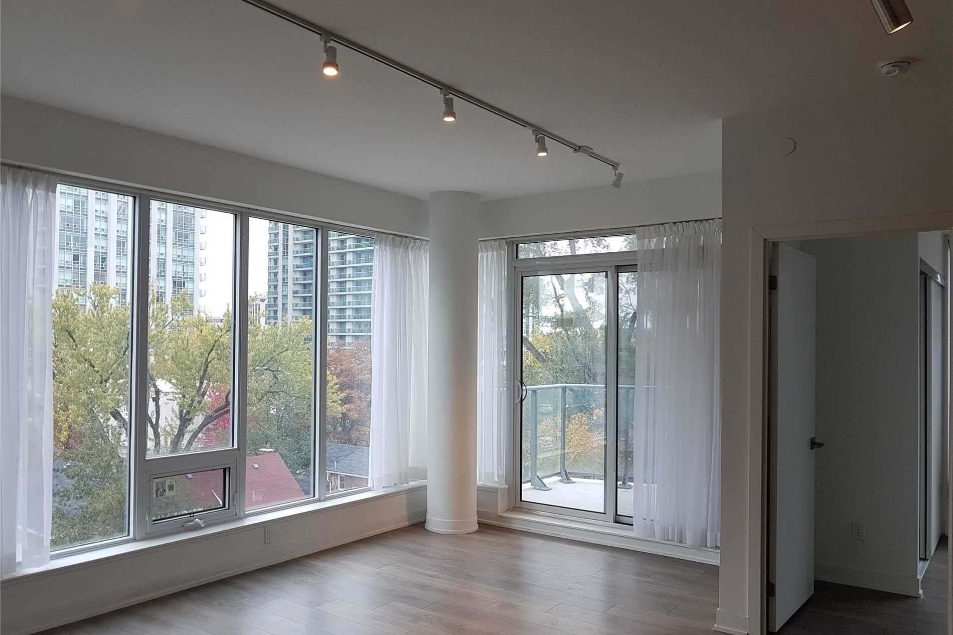 Flo Condos Condos: 28 Avondale Avenue, Toronto, ON