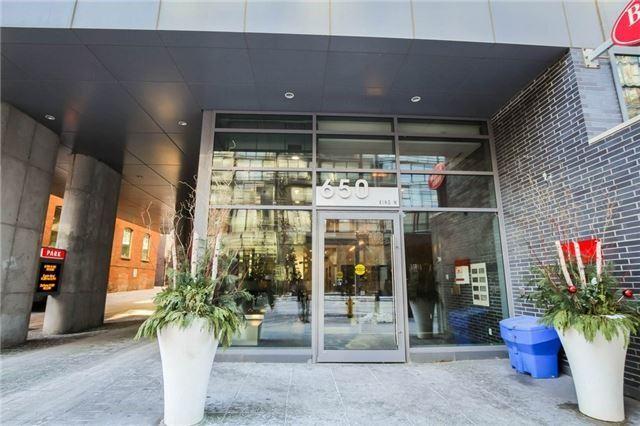 Buliding: 650 King Street West, Toronto, ON