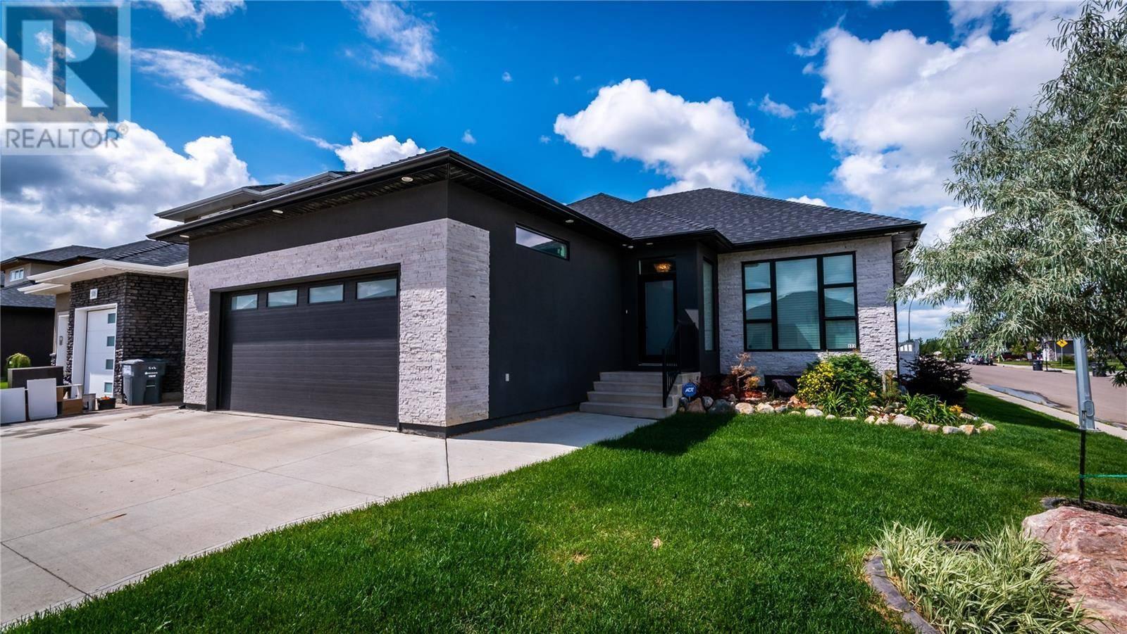 House for sale at 502 Sauer Ter  Saskatoon Saskatchewan - MLS: SK778840