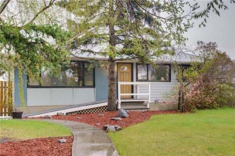 House for sale at 5020 2 St Northwest Calgary Alberta - MLS: C4297339