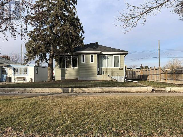 House for sale at 5023 54 Ave Taber Alberta - MLS: ld0186375