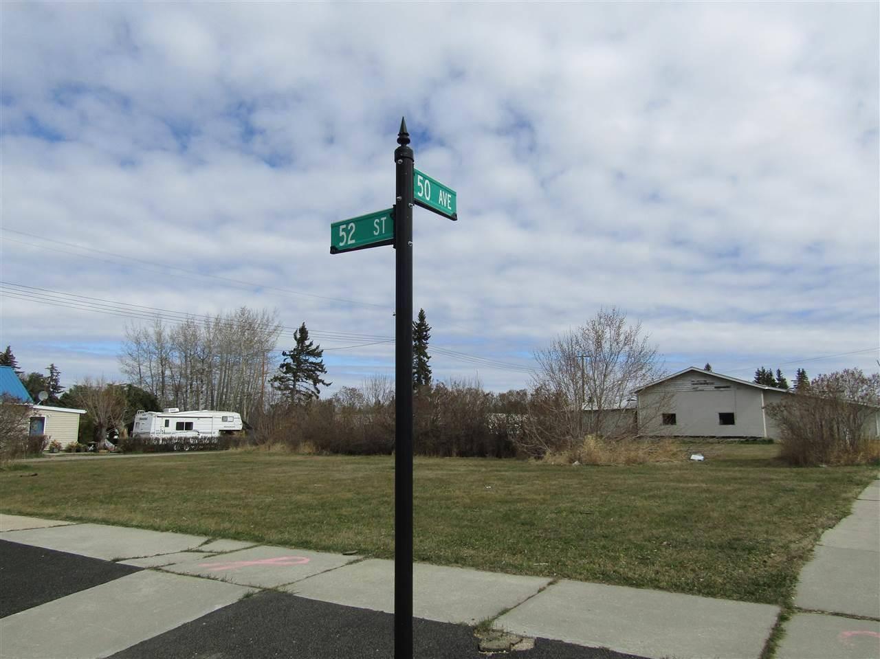 5024 50 Avenue, Warburg | Image 1