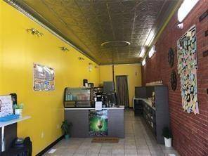 Commercial property for sale at 5024 Centre St Niagara Falls Ontario - MLS: 30789711