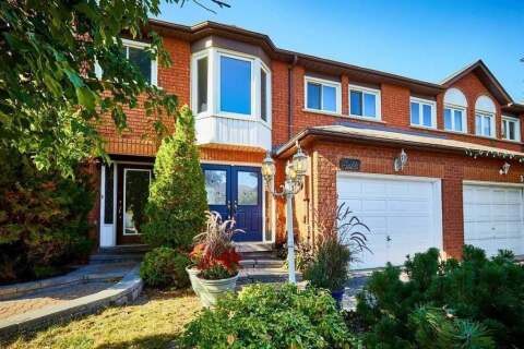 Townhouse for sale at 5024 Mariner Ct Mississauga Ontario - MLS: W4927976
