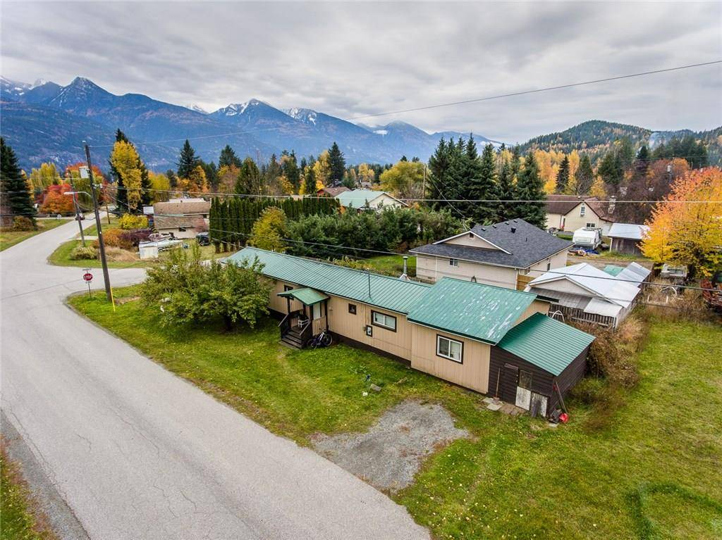 House for sale at 503 Brennand Street  Kaslo British Columbia - MLS: 2441928