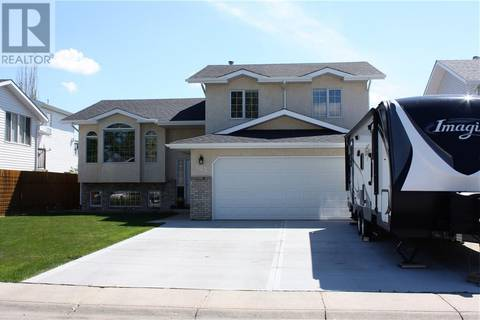 House for sale at 503 Broadfoot Pl Sw Redcliff Alberta - MLS: mh0166465