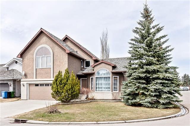 For Sale: 503 Woodbriar Place Southwest, Calgary, AB | 5 Bed, 4 Bath House for $688,888. See 36 photos!