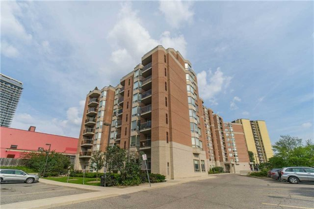 Sold: 504 - 2088 Lawrence Avenue, Toronto, ON